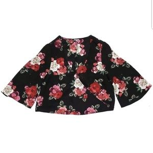 Charlotte Russe Tops - Charolette Russe Womens Crop Top Floral Bell Sleev